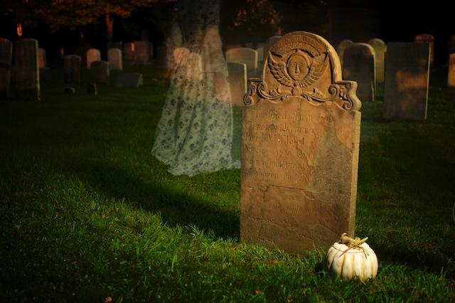 grave stone of Catriena Ecker Van Tessel
