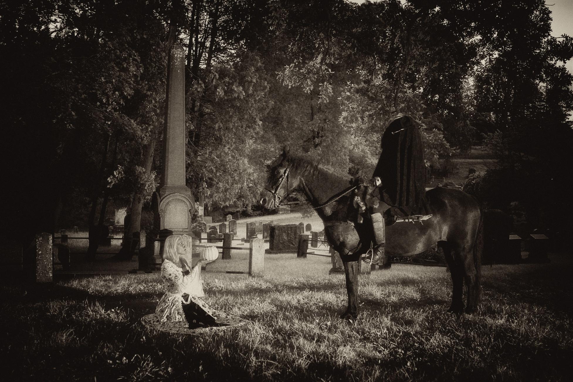 Headless horseman at Sleepy Hollow Cemetery with Katrina Van Tassel